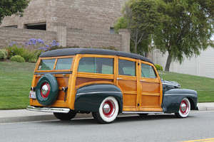 Click to View Roy Brizio Street Rods Completed Cars - Jim Vickery - 1946 Ford Woodie - Pacifica CA