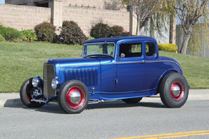 Click to View Roy Brizio Street Rods Completed Cars -