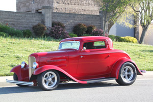 Click to View Roy Brizio Street Rods Completed Cars - Bob Laurence 32 Ford 3-Window
