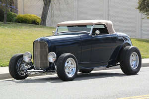Click to View Roy Brizio Street Rods Completed Cars - Nick Testa, Laguna Hills CA  1932 Ford Roadster