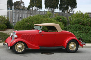 Click to View Roy Brizio Street Rods Completed Cars - Owner John Mumford - Woodside CA